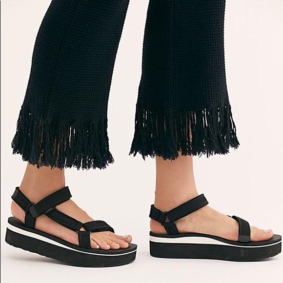 Teva Shoes   Teva Flatform Uiniversal